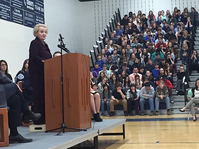 Former+Secretary+of+State+Speaks+at+Woodgrove+High+School