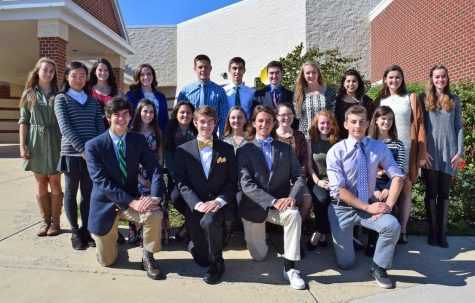 Loudoun County Public Schools Public Information Officer Wade Byard visited Woodgrove on October 2 to take headshots and a group photo of all the seniors who were recognized at the banquet. Photo by Wade Byard.
