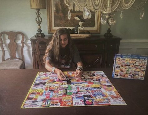 Woodgrove Junior Anna Lippert finishes 1,000 piece puzzle while in quarantine. Photo by Anna Lippert.